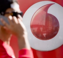 VODAFONE  Branding in retail